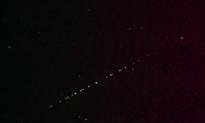ufo-sighting-locals-mistake-spacexs-starlink-satellites-to-b_vvzf.1920